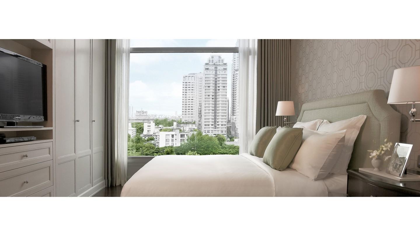 Oriental Residence hotel - Sukhumvit, Bangkok - Smith Hotels
