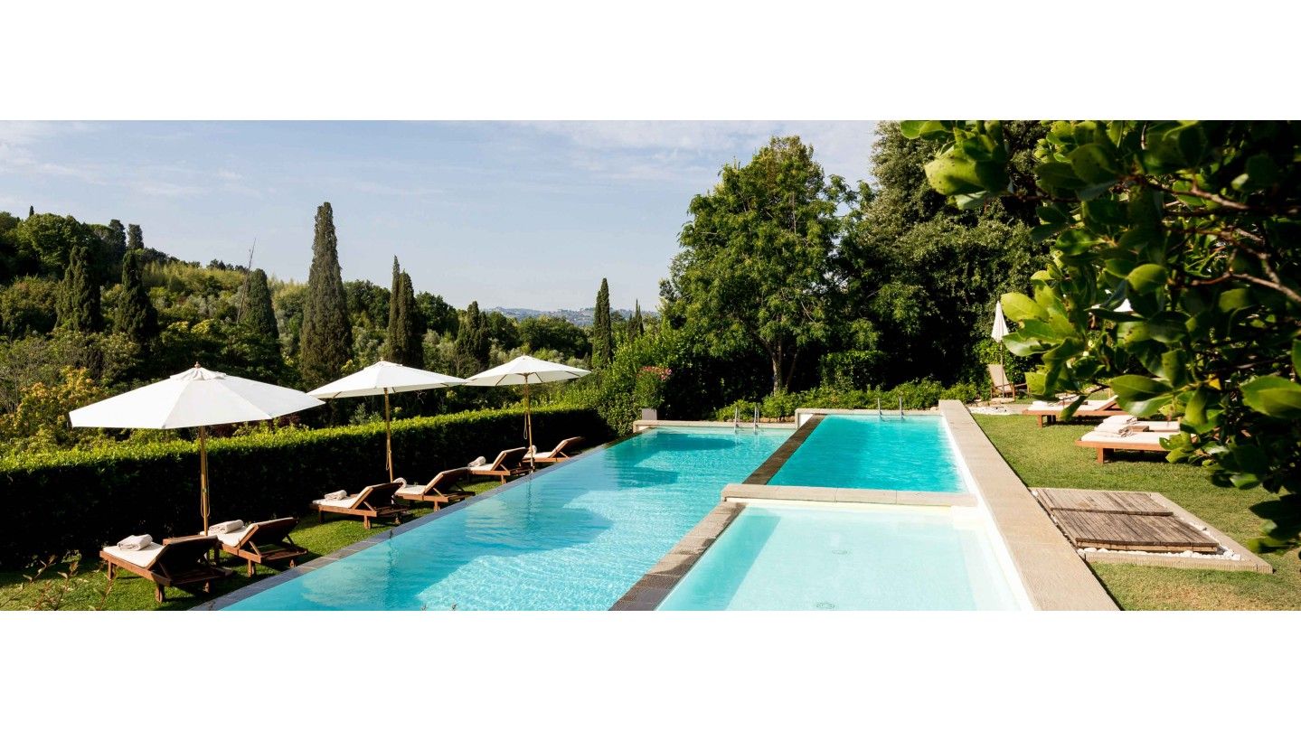 Rooms suites at il salviatino hotel fiesole florence tuscany smith hotels for Hotels in bologna italy with swimming pool