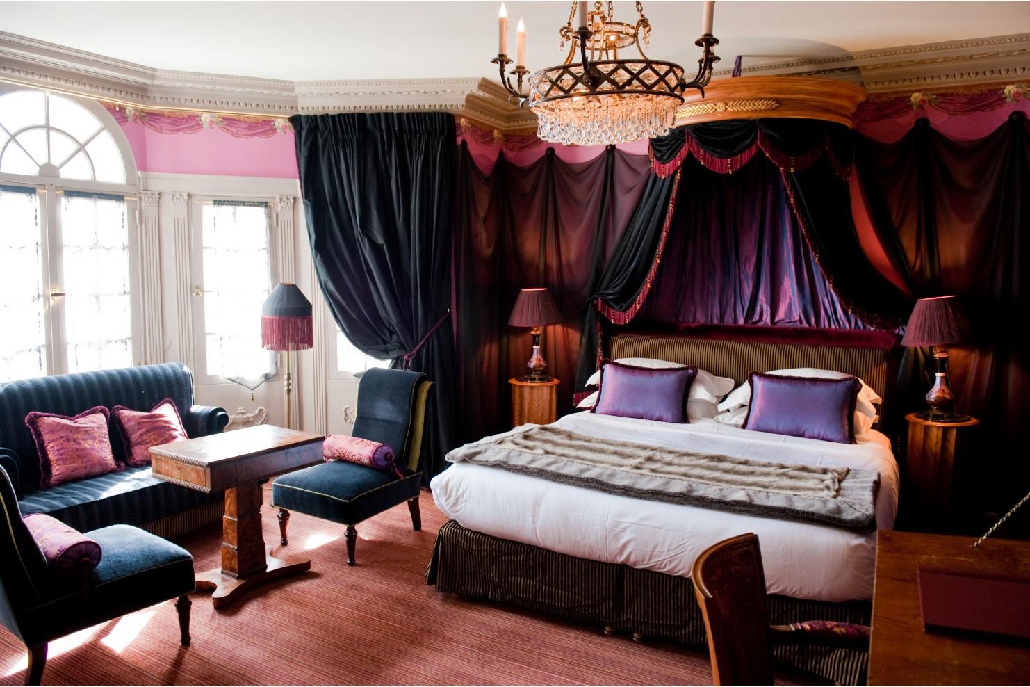 Boutique hotels in Saint-Germain-des-Prés | Best luxury
