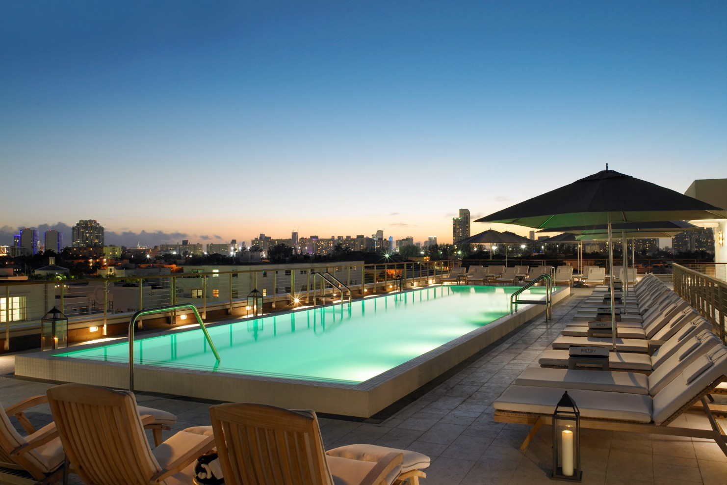 Pet Friendly Hotels In Miami Smith Hotels