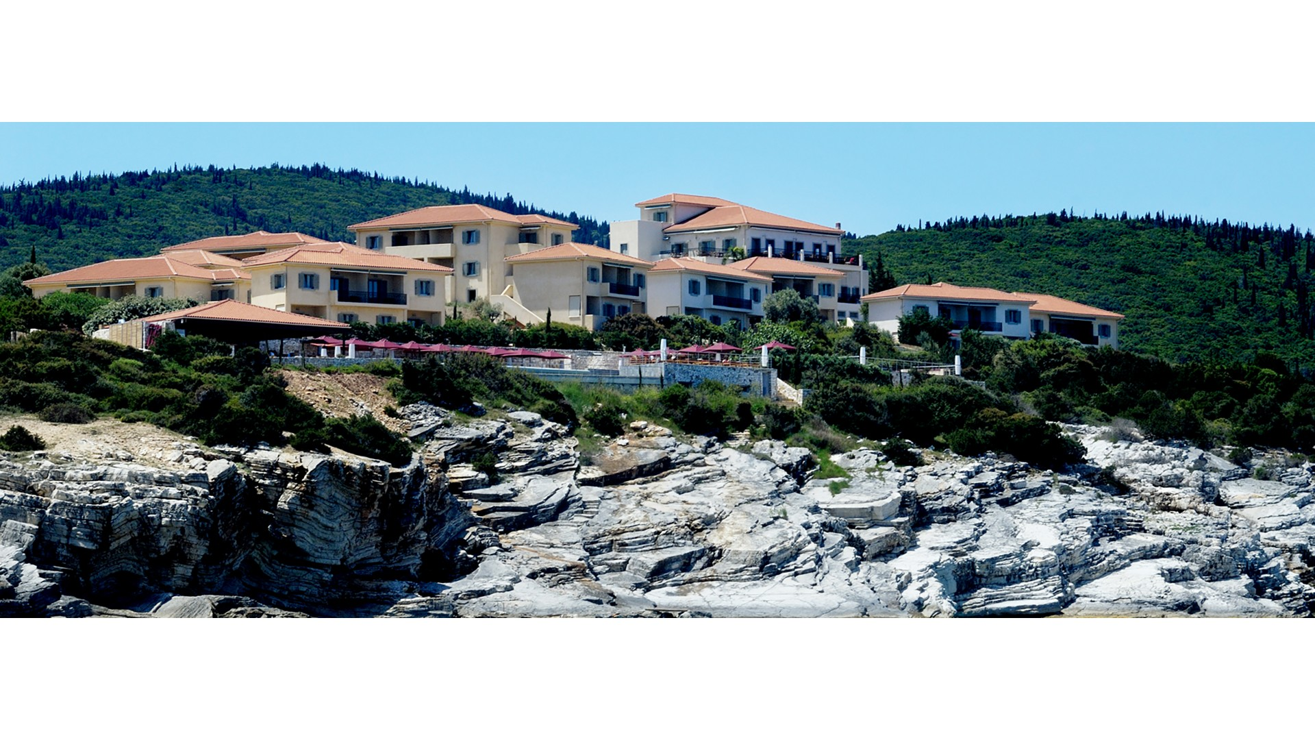Emelisse Hotel Ithaca Kefalonia Ithaca Smith Hotels - Huge boulder narrowly missed house in italy