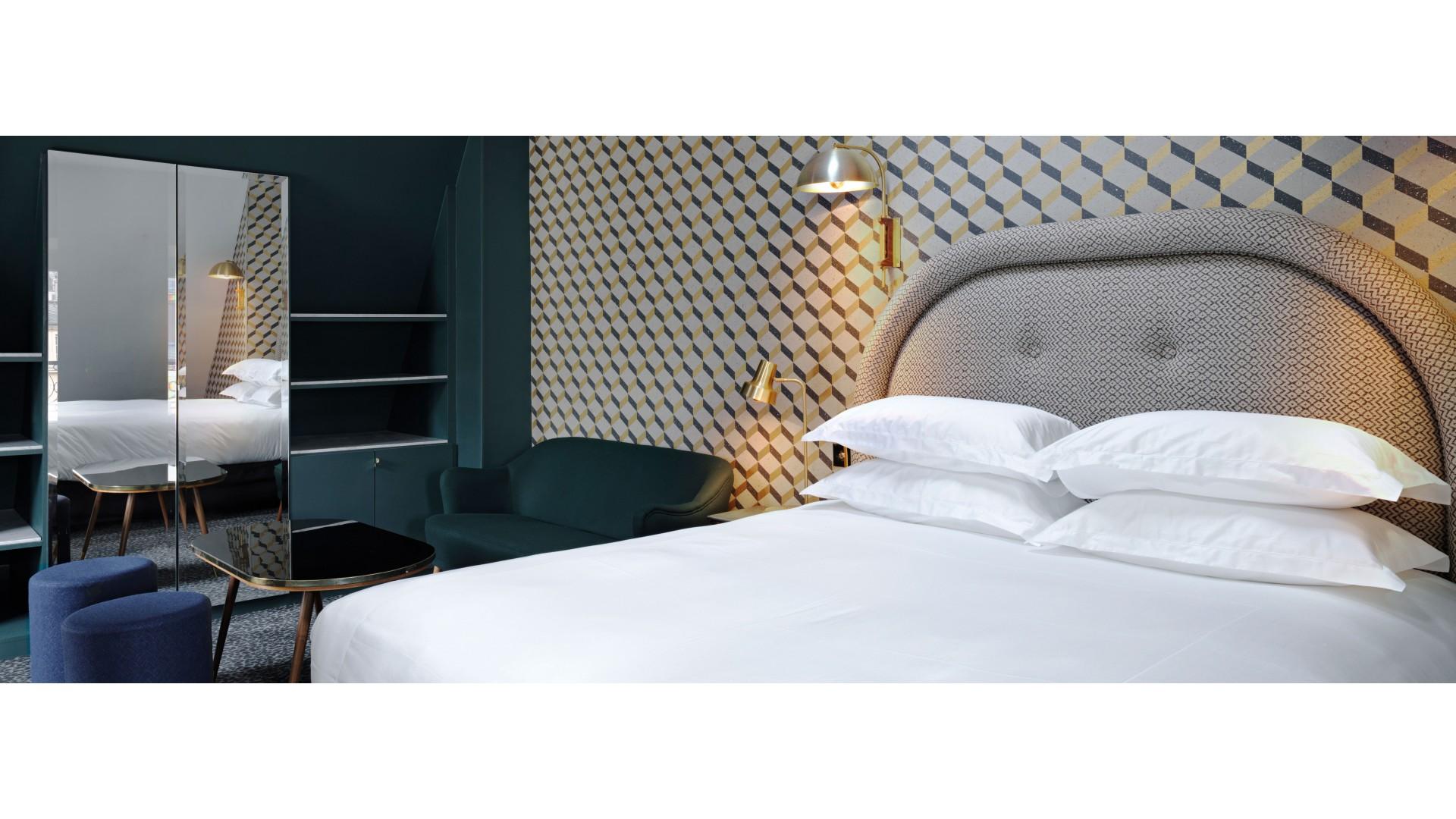 Hotel Emile Parijs : Grand pigalle hotel paris smith hotels