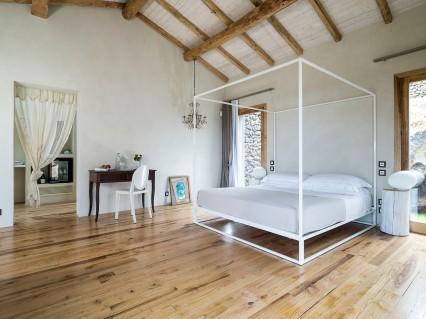 Monaci Delle Terre Nere Exclusive Suite Elegante Sicily