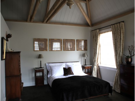 Photo of Taupe Room