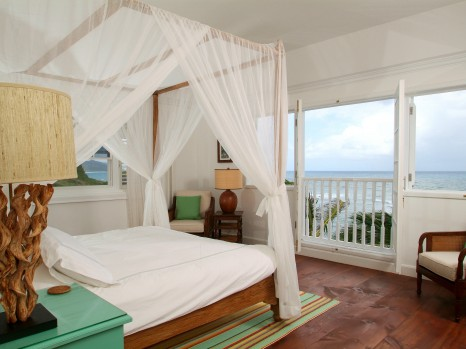 Photo of One-bedroom Oceanfront Room