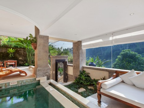 Photo of Pool Suite