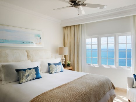 Photo of Deluxe Ocean View King Bed