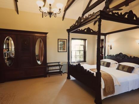 Photo of Honeymoon Suite
