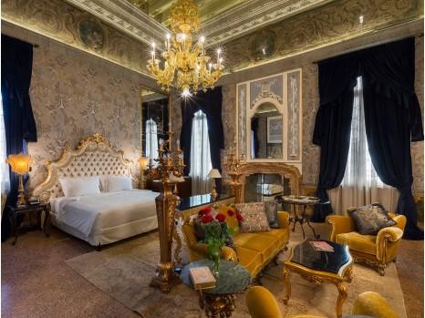 Photo of Luxury Suite Open Plan
