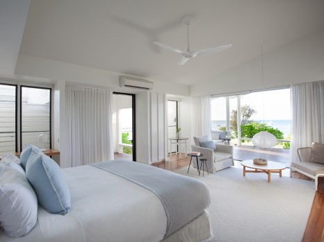 Photo of Beachfront Suite (King)