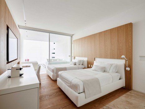 Photo of Double Bed Architecture View Room
