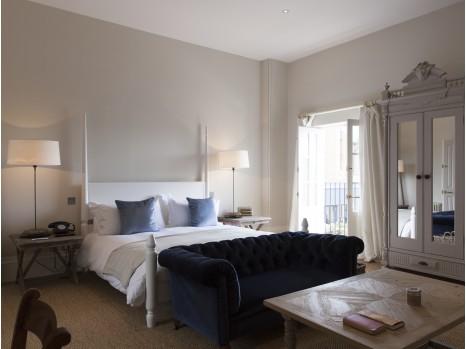 Photo of Spacious Room