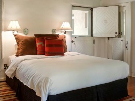Photo of Meem Classic Room - One Queen Bed
