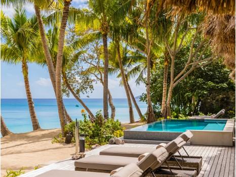 Photo of One Bedroom Beachfront Villa