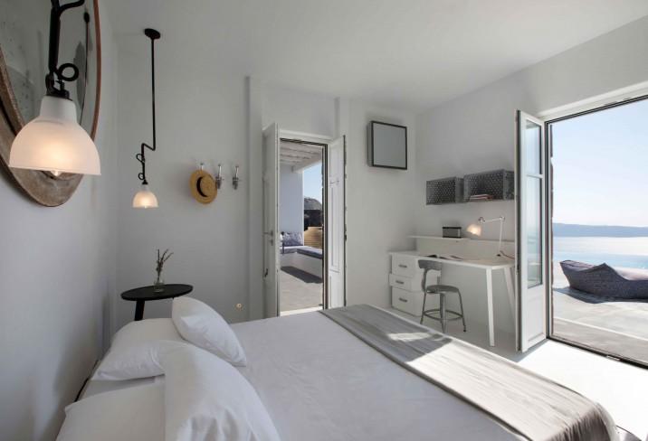Two Floor Suite bedroom