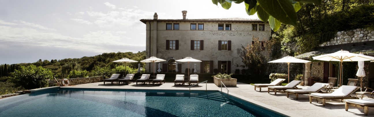 villa arcadio hotel sal lake garda lombardy smith hotels. Black Bedroom Furniture Sets. Home Design Ideas