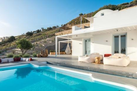 Photo of Santorini Heights