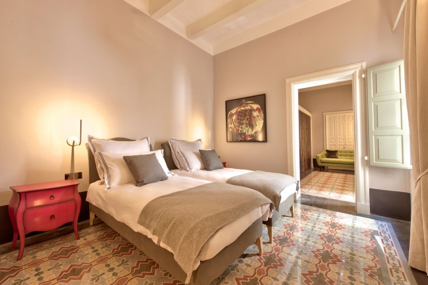 Photo of Twin Deluxe Suite 4