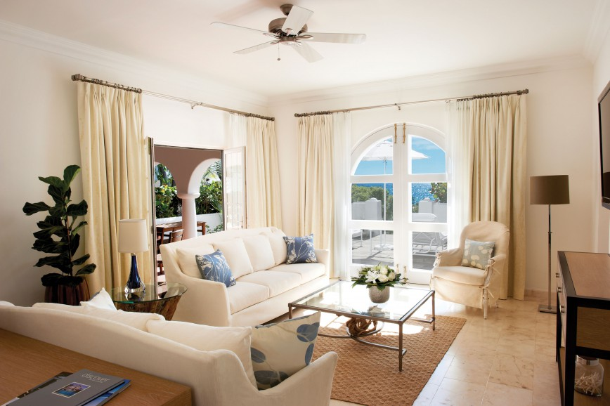 Photo of One Bedroom Beachfront Suite