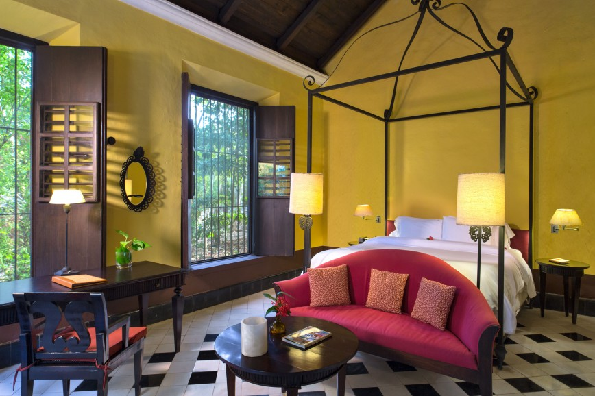 Photo of Colonial Deluxe Suite