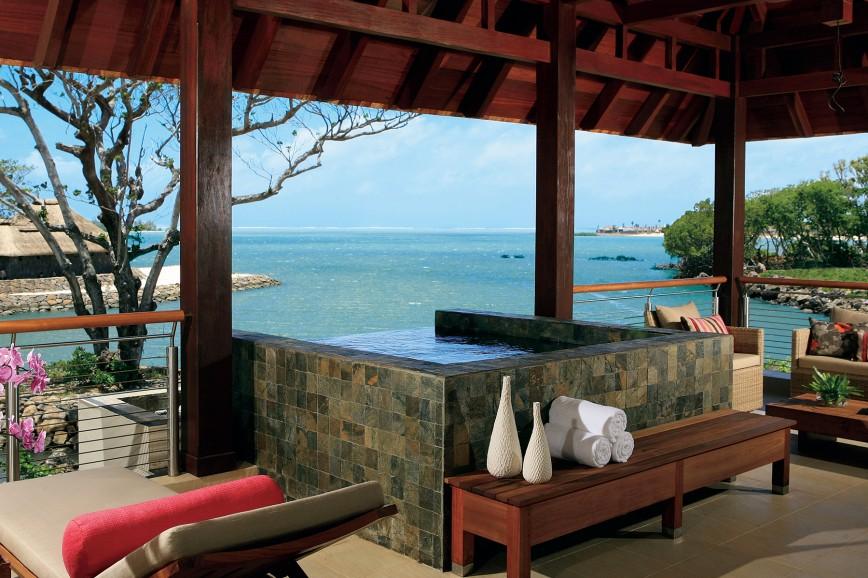 Photo of One-Bedroom Prestige Suite Sea View