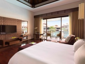 Deluxe Family Lagoon View Room