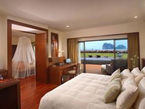 Anantara Pool Suite