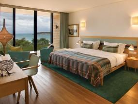 Beach Room - Partial Sea View