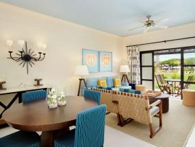 Residence Three-Bedroom Suite Garden Access