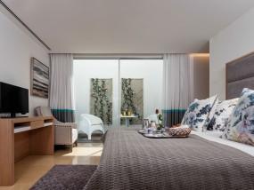 Three-Bedroom Terrace
