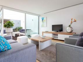 Four-Bedroom Terrace
