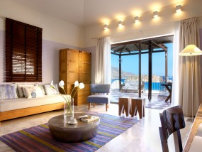 Family Suite with Private Pool (Sea View)