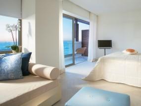 Luxury Guestrooms Sea View