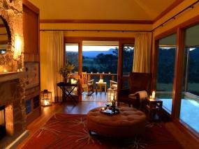 Heritage One-Bedroom Sofa Villa