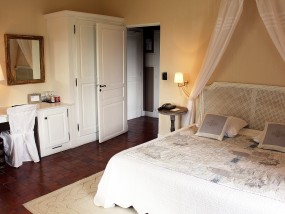 Bastide Deluxe Terrace Room
