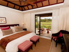 Three-Bedroom Prestige Suite Golf View