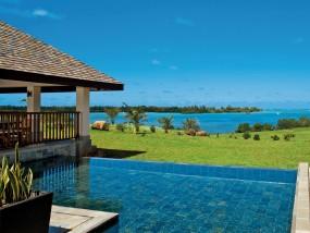 Five-Bedroom Prestige Villa Sea View