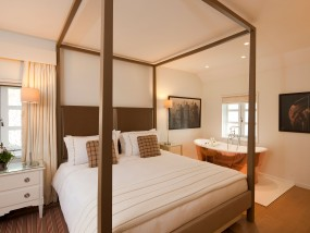 Cottage Executive Suite