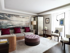 One-Bedroom Carlos Suite