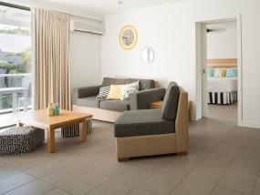 QT One-bedroom Villa Pool View